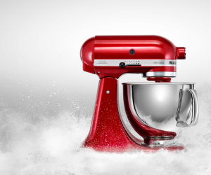Robot KitchenAid rouge