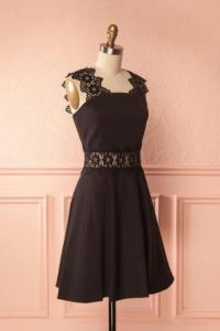 Robe 1861 - Monaa