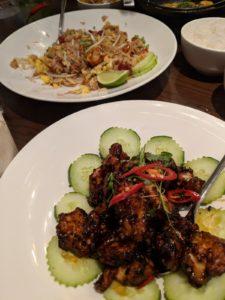 Siam Centre Ville - riz frit, poulet - Une Chic Geek