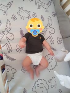 Bébé Matteo sur son matelas bébé Polysleep